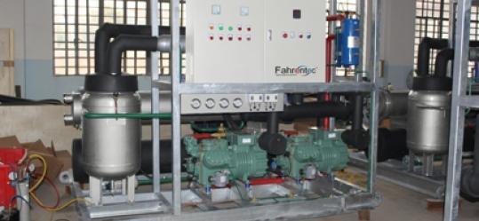 Fahrentec Block Ice Machine