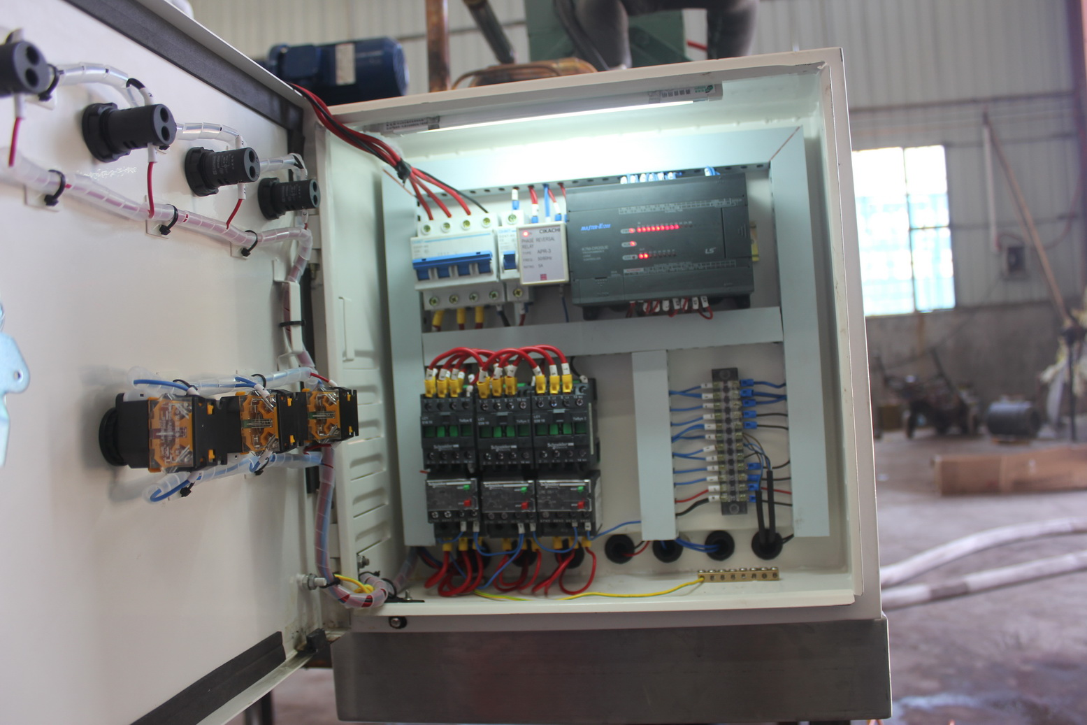 European quality standard flake ice machine control box using Schneider control